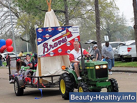 Little League Baseball Parade Float Ideas